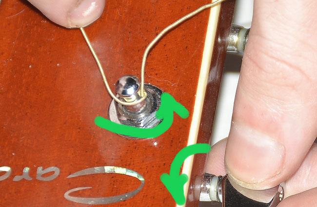 Замена (установка) струн на акустической гитаре